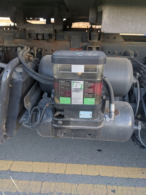 FRANTZ KING – TRUCK MERCEDES ATEGO 1218 2013 REFUSE BIN WEIGHING SYSTEM AUTO GREASE AUTOMATIC ALLISON (4)