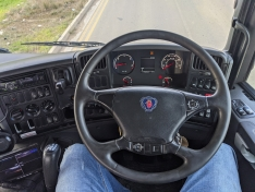 Scania P360 – Hookloader